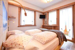 camera da letto hotel cesa padon
