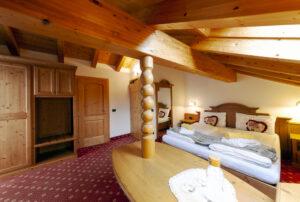 camera hotel tirol