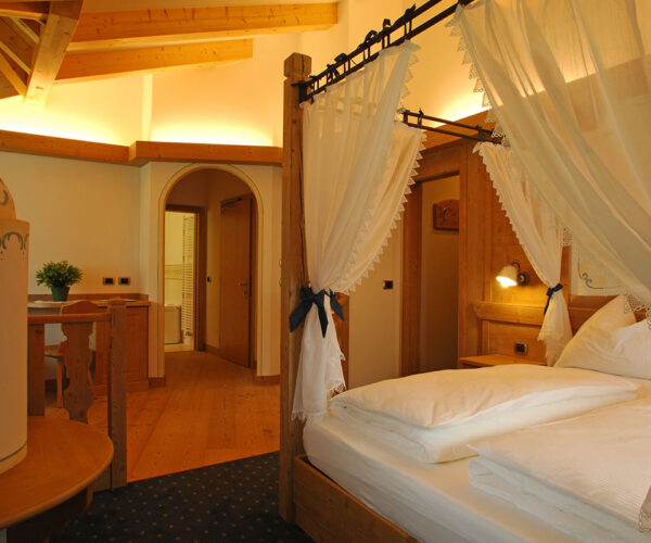 Alphotel Taller Folgarida camera da letto