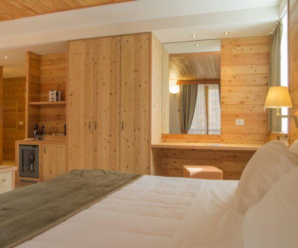 camera da letto alagna montain resort & spa