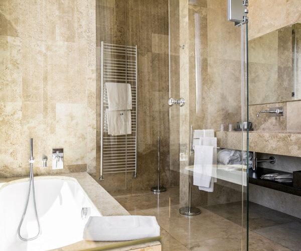 bagno hotel bellariva gardone riviera